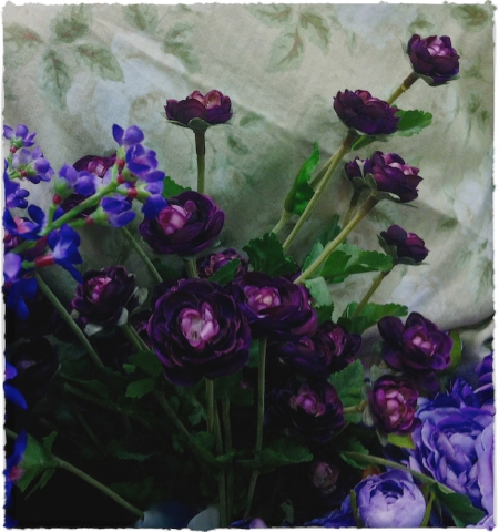 FlowersAndCloth3_3GrainMidtoneBrushup 2