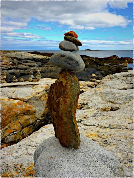 BalancedRockSculptureFlare 2.jpg